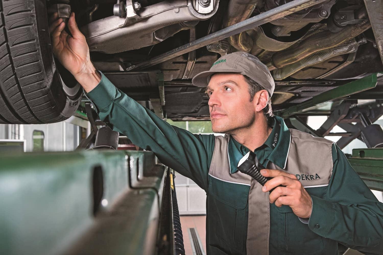 DEKRA SafetyCheck: Häufig Mängel bei jungen Fahrern