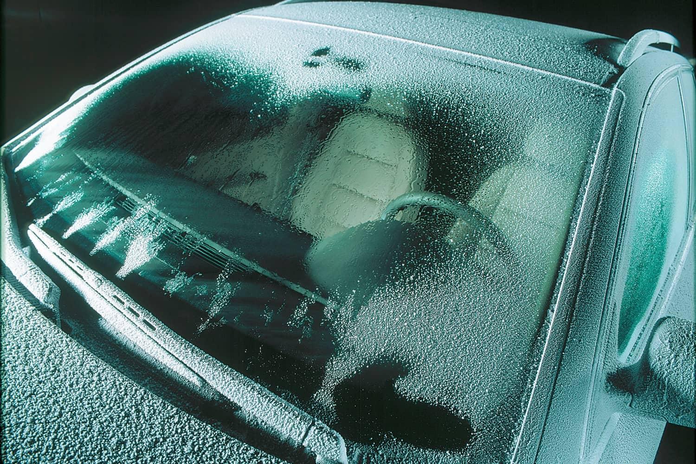 Autofahren im Winter: Welche Extras sinnvoll sind