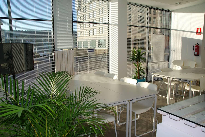 Büro-Arbeitsplatz: Die versteckten Gefahren