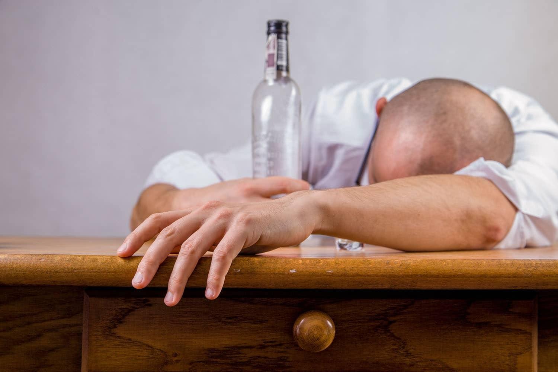 Alkohol am Arbeitsplatz: Rechte und Pflichten
