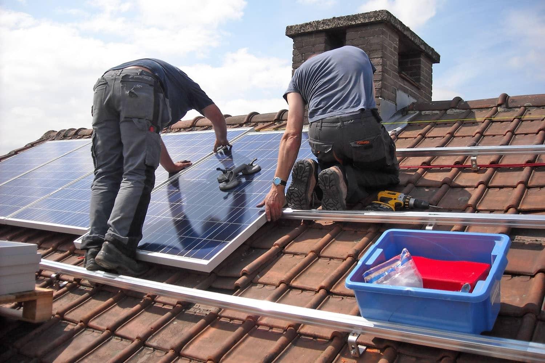 Dacharbeiten: Sicherheit geht vor