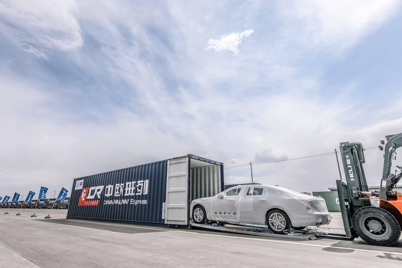 Neue Seidenstraße: Volvo schickt Autozüge aus China nach Europa