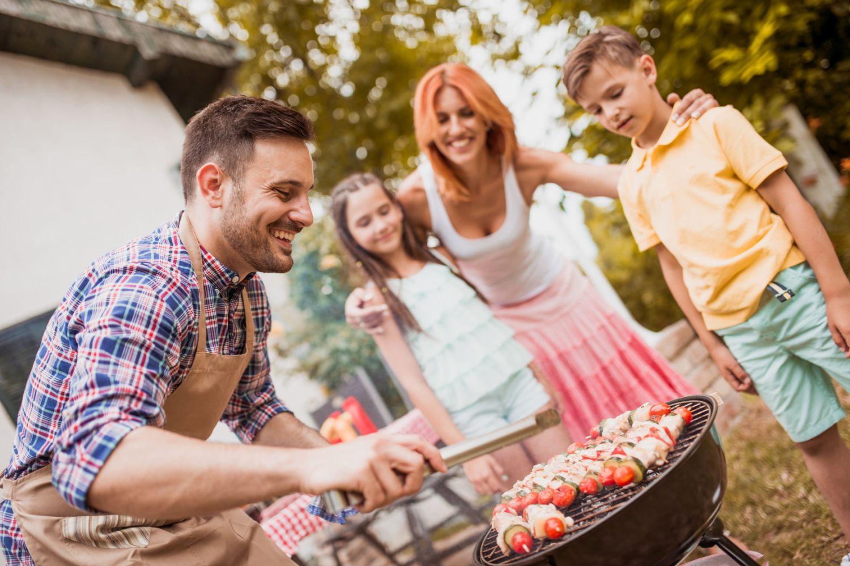 Sicherheitstipps fürs Grillen mit Kindern