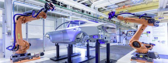 Bei Audi erstellen 3D-Scanner die virtuelle Kopie eines Automodells. Foto: Audi