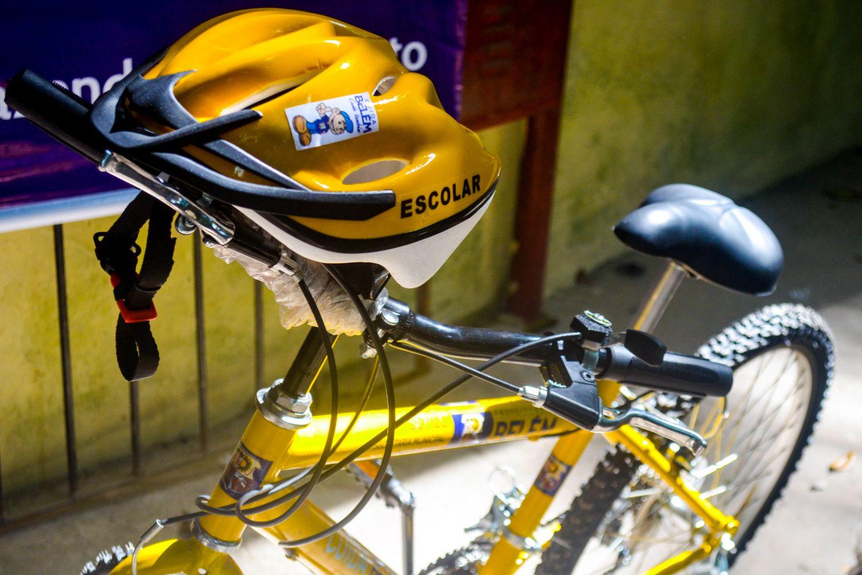 Fahrräder erleichtern die oft langen Strecken bis zur Schule oder der nächsten Haltestelle des Schulbusses erheblich.