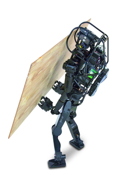 Zahlreiche Sensoren und Kameras erlauben selbst komplexe Aufgaben, die der Roboter dem Menschen inZukunft abnehmen soll. Foto: AIST