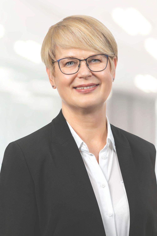 """Dr. Karin Müller, Leiterin des Bereichs """"Mensch & Gesundheit"""" bei DEKRA. Foto: Karl-Heinz Augustin"""