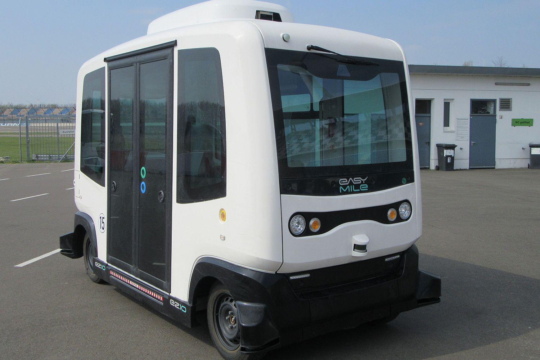 DEKRA erstellte für den autonomen Bus das Gutachten zur Erteilung einer Einzelbetriebserlaubnis. Foto: DEKRA
