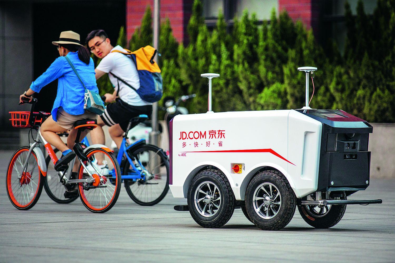 Lieferroboter: Ausgestattet mit Sensoren und Kameras sind Lieferroboter auf dem Vormarsch. Foto: JD.com/ Mao Yanzheng
