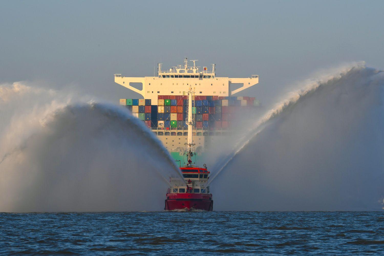 Frachtschiffe – Giganten der Meere